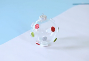 On the dot ornament