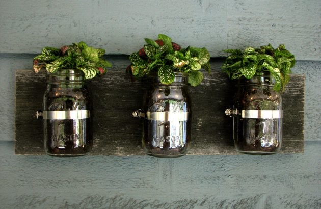 15 Incredible Handmade Mason Jar Ideas For Your Garden And Outdoor Areas