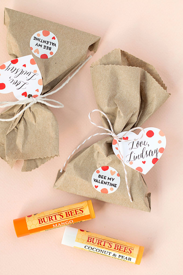 Best DIY Valentines Day Gifts - Be My Valentine Chapsticks - Cute Mason Jar Valentines Day Gifts and Crafts for Him and Her   Boyfriend, Girlfriend, Mom and Dad, Husband or Wife, Friends - Easy DIY Ideas for Valentines Day for Homemade Gift Giving and Room Decor   Creative Home Decor and Craft Projects for Teens, Teenagers, Kids and Adults http://diyjoy.com/diy-valentines-day-gift-ideas