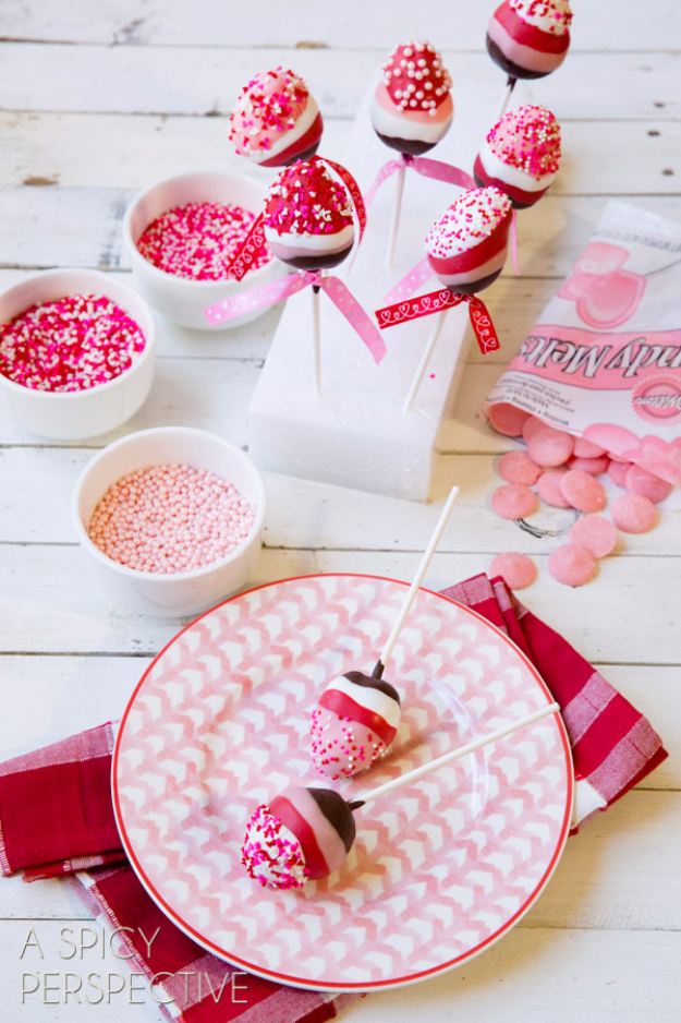 Best DIY Valentines Day Gifts - Chocolate Dipped Strawberry Pops - Cute Mason Jar Valentines Day Gifts and Crafts for Him and Her   Boyfriend, Girlfriend, Mom and Dad, Husband or Wife, Friends - Easy DIY Ideas for Valentines Day for Homemade Gift Giving and Room Decor   Creative Home Decor and Craft Projects for Teens, Teenagers, Kids and Adults http://diyjoy.com/diy-valentines-day-gift-ideas