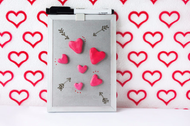 Best DIY Valentines Day Gifts - DIY Heart Magnets - Cute Mason Jar Valentines Day Gifts and Crafts for Him and Her   Boyfriend, Girlfriend, Mom and Dad, Husband or Wife, Friends - Easy DIY Ideas for Valentines Day for Homemade Gift Giving and Room Decor   Creative Home Decor and Craft Projects for Teens, Teenagers, Kids and Adults http://diyjoy.com/diy-valentines-day-gift-ideas