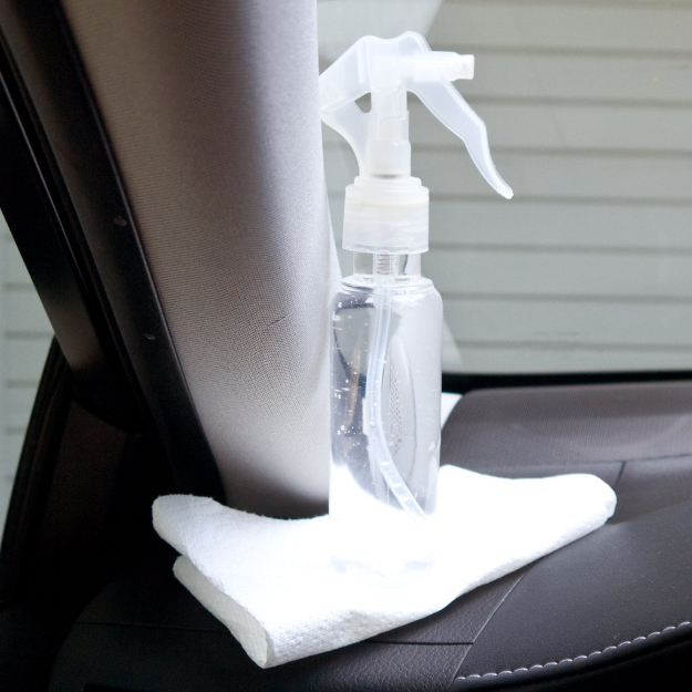 DIY Car Accessories and Ideas for Cars - DIY Spray Defogger For Car Windows - Interior and Exterior, Seats, Mirror, Seat Covers, Storage, Carpet and Window Cleaners and Products - Decor, Keys and Iphone and Tablet Holders - DIY Projects and Crafts for Women and Men http://diyjoy.com/diy-ideas-car