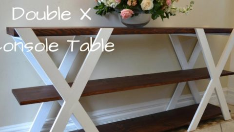 She Makes A Fabulous Console Table That's An Awesome Addition To Any Home! | DIY Joy Projects and Crafts Ideas