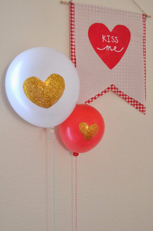 DIY Valentine Decor Ideas - Glitter Heart Balloon - Cute and Easy Home Decor Projects for Valentines Day Decorating - Best Homemade Valentine Decorations for Home, Tables and Party, Kids and Outdoor - Romantic Vintage Ideas - Cheap Dollar Store and Dollar Tree Crafts http://diyjoy.com/easy-valentine-decorations