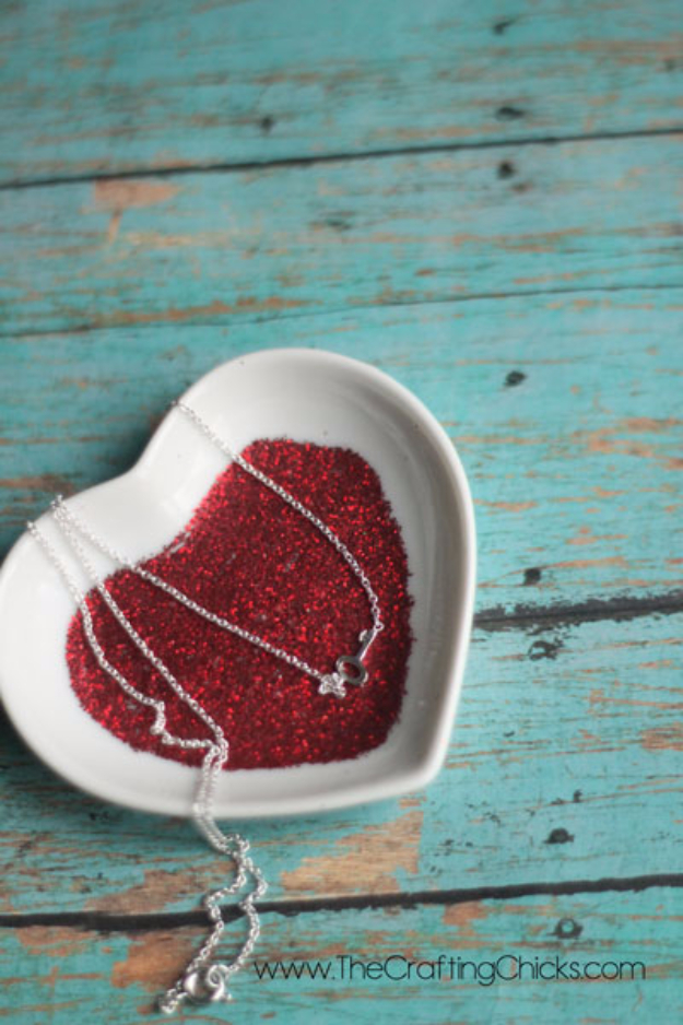 DIY Valentine Decor Ideas - Glittery Valentine Candy Dish - Cute and Easy Home Decor Projects for Valentines Day Decorating - Best Homemade Valentine Decorations for Home, Tables and Party, Kids and Outdoor - Romantic Vintage Ideas - Cheap Dollar Store and Dollar Tree Crafts http://diyjoy.com/easy-valentine-decorations
