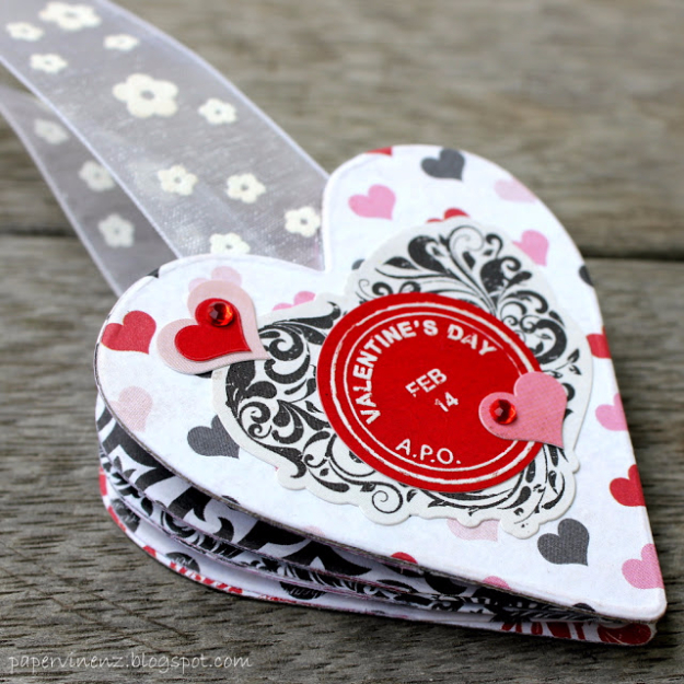 Best DIY Valentines Day Gifts - Valentines Bookmark - Cute Mason Jar Valentines Day Gifts and Crafts for Him and Her   Boyfriend, Girlfriend, Mom and Dad, Husband or Wife, Friends - Easy DIY Ideas for Valentines Day for Homemade Gift Giving and Room Decor   Creative Home Decor and Craft Projects for Teens, Teenagers, Kids and Adults http://diyjoy.com/diy-valentines-day-gift-ideas