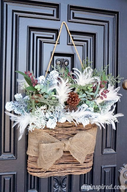 How To Use Special Materials To Create A Wreath For Winter