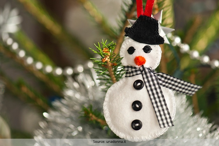 Machine Embroidery Designs In Christmas Holidays