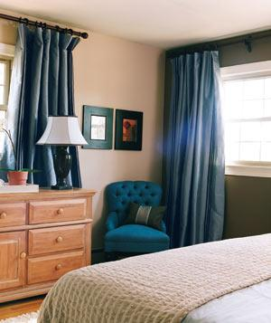 Blue-chair-bedroom_17