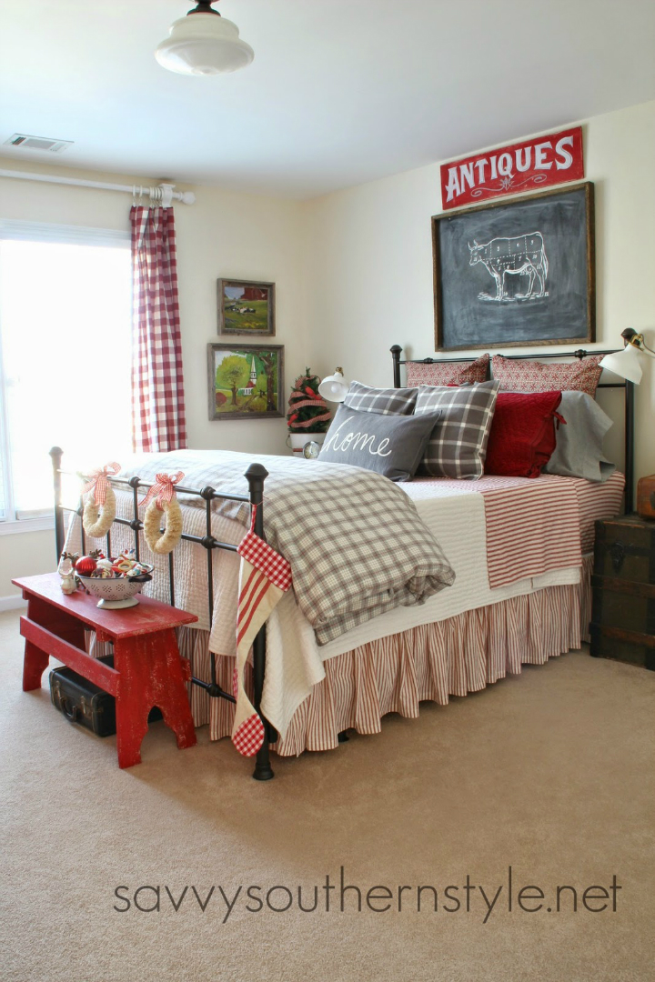 cottage style bedrooms. 10 Steps to Create a Cottage Style Bedroom Part Two  DIY arts and crafts