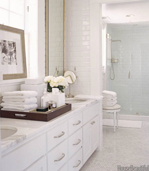 Peachy These 20 Traditional Bathrooms With Timeless Style Diy Interior Design Ideas Helimdqseriescom