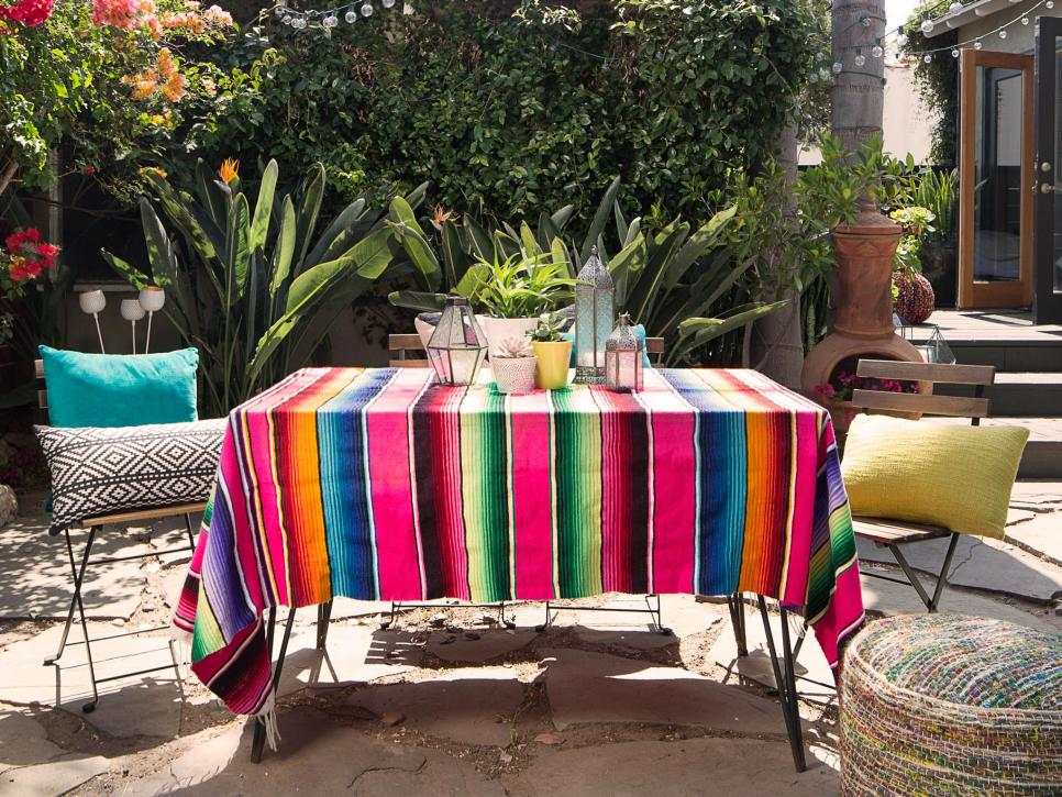 Some beautiful budget ideas for patios and porches diy for Mexican porch designs