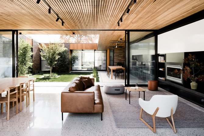 15 Contemporary Ideas for Wood Home Decors